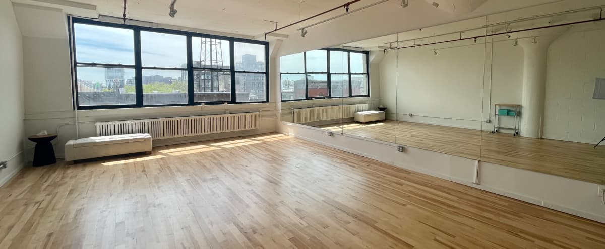 Beautiful Sun Drenched Dance Studio Space in Brooklyn Hero Image in Greenpoint, Brooklyn, NY
