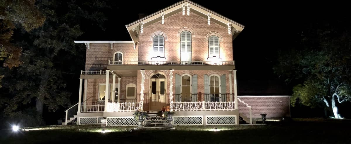 Roff Home: Award-Winning Historic 1868 Victorian Italianate Home + Grounds in Chicago Hero Image in Lake View, Chicago, IL