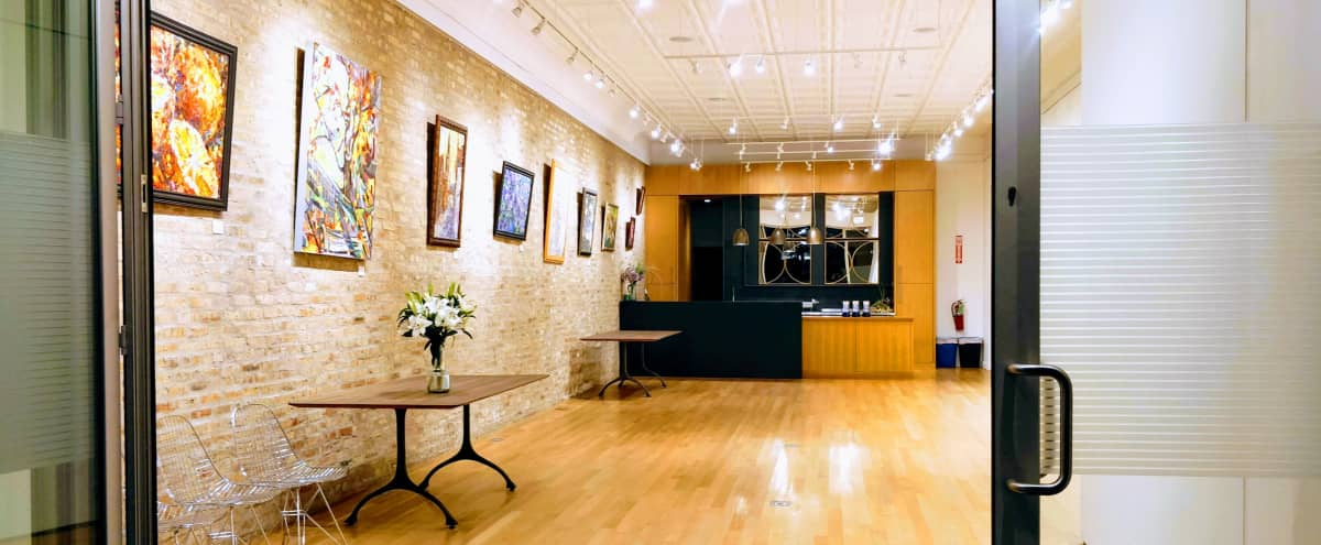 VERSATILE GALLERY IN THE HEART OF LOGAN SQUARE in Chicago Hero Image in Logan Square, Chicago, IL