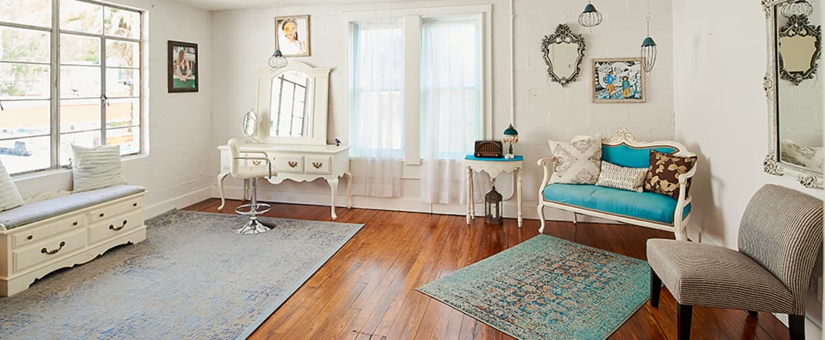 Natural Light Studio in Downtown Shopping District in mount dora Hero Image in undefined, mount dora, FL