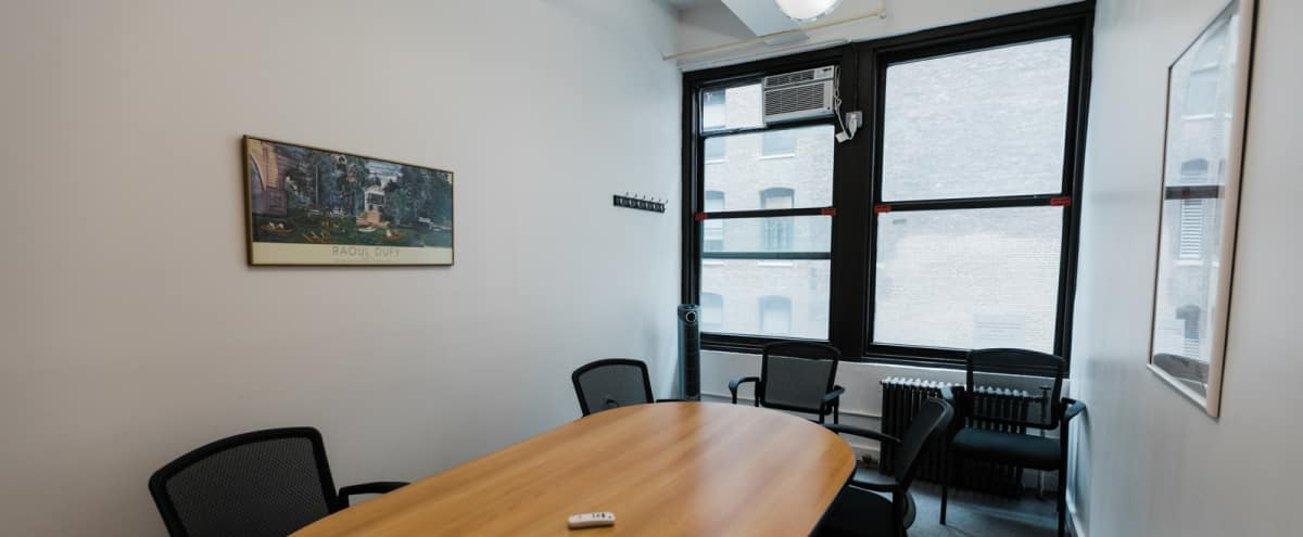 6 Person Private Conference/Classroom-style (#10) in New York Hero Image in Midtown, New York, NY