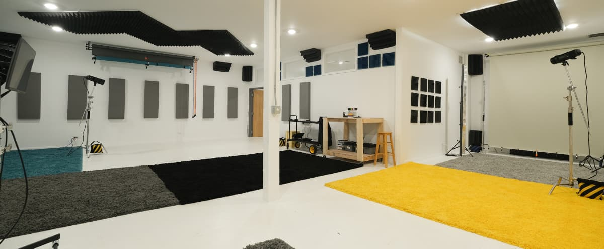 Bright, Airy Photo/Video Studio in West Town. in Chicago Hero Image in West Town, Chicago, IL