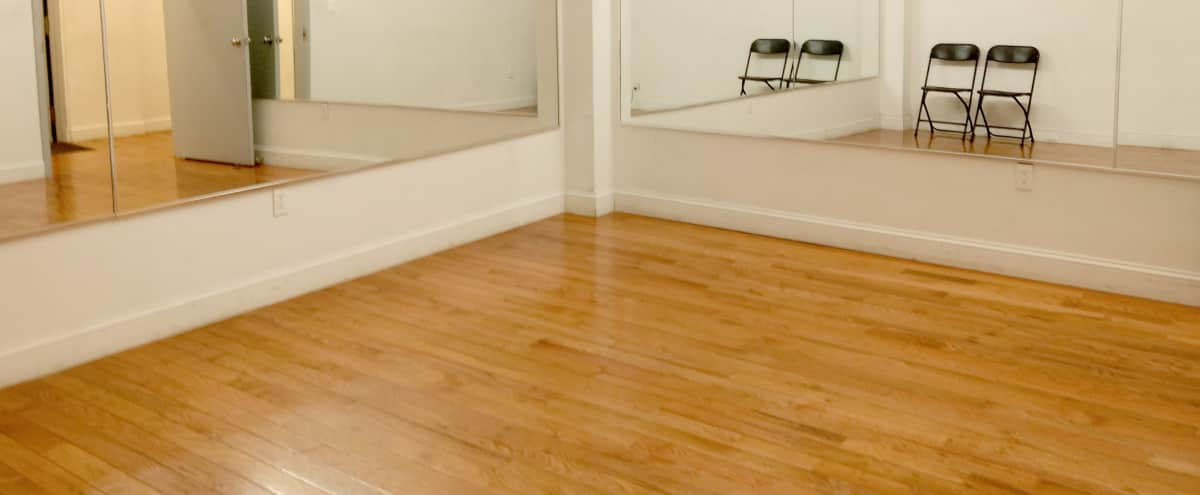 Affordable Private Midtown Dance Studio with Large Mirrors and High Ceilings in New York Hero Image in Midtown, New York, NY