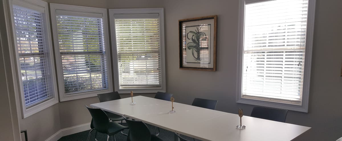 Executive Office near Pinewood Studios/Peachtree City in Tyrone Hero Image in undefined, Tyrone, GA