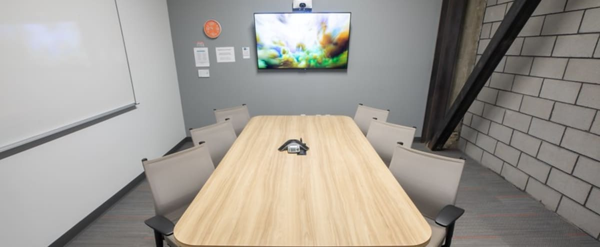 Modern and Quiet Meeting Room For 4 in Phoenix Hero Image in Central City, Phoenix, AZ