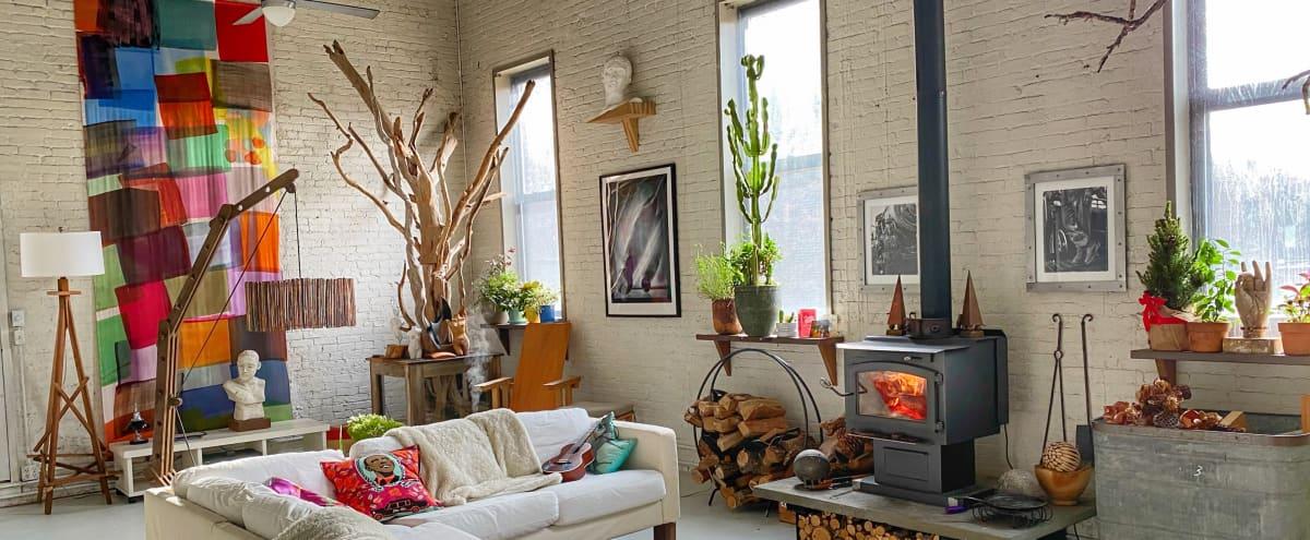 Long Island  City Sunny Photo Loft in Long Island City Hero Image in Hunters Point, Long Island City, NY