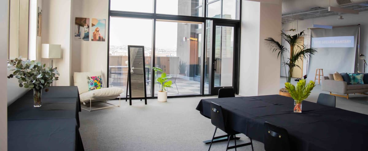 Spacious Downtown Studio with Amazing Views! in Los Angeles Hero Image in Downtown Los Angeles, Los Angeles, CA