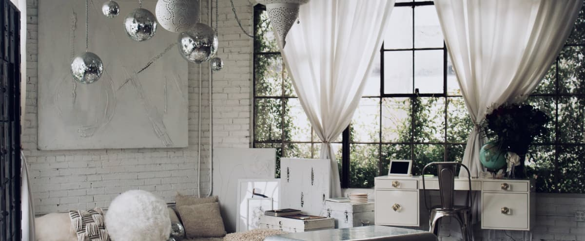 Spacious Natural Light Artist Studio in Los Angeles Hero Image in Historic South Central, Los Angeles, CA