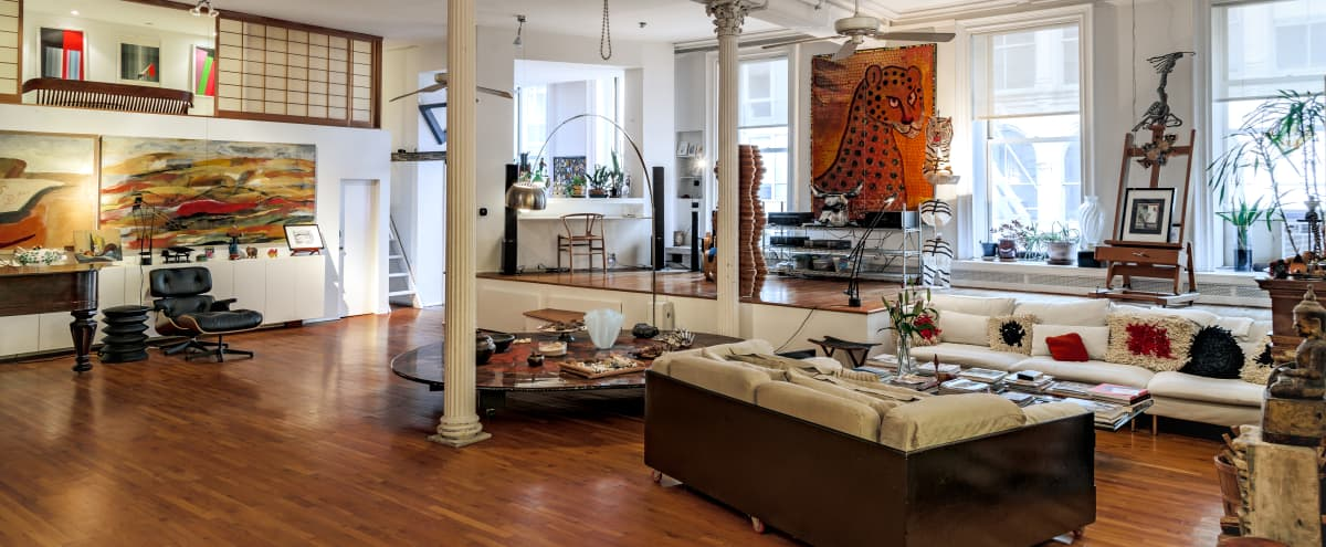 4,200 sq/ft lavish artist loft in Tribeca offering authentic creative magic of NYC in New York City Hero Image in Tribeca, New York City, NY