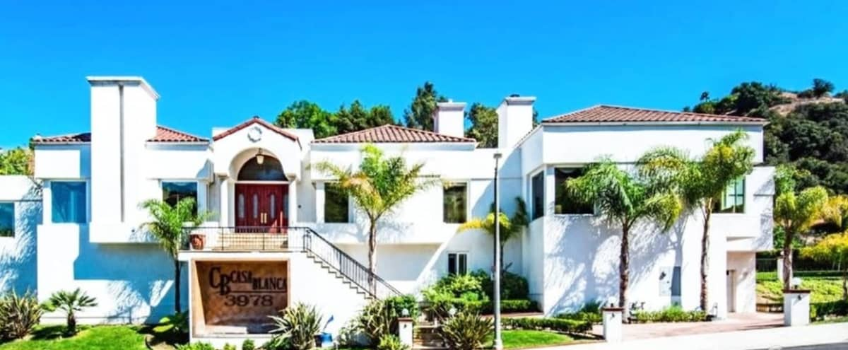 Mansion in Baldwin Hills with Hollywood Sign Views in LOS ANGELES Hero Image in South Los Angeles, LOS ANGELES, CA