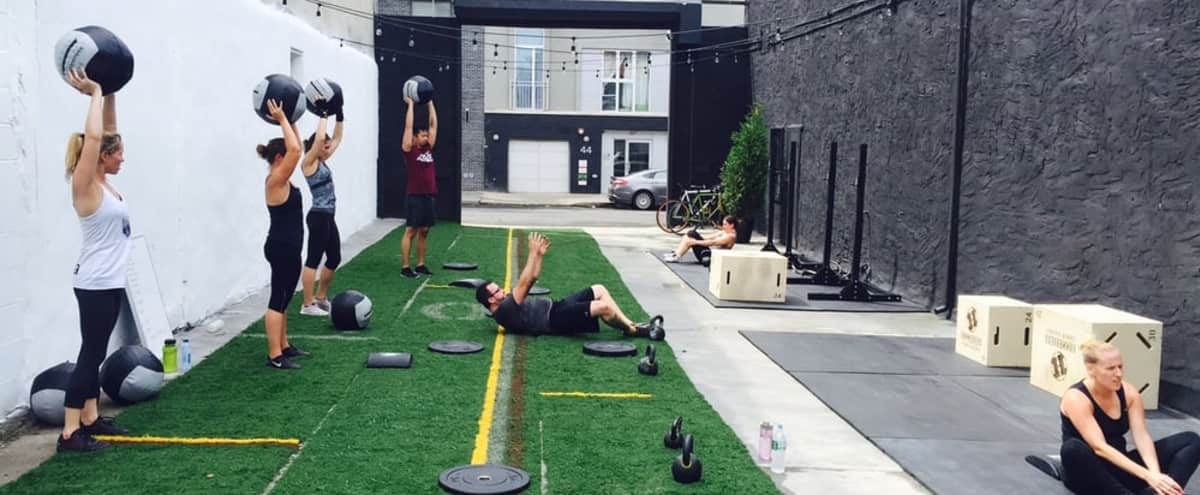 Downtown Indoor/Outdoor Gym in New York Hero Image in Williamsburg, New York, NY