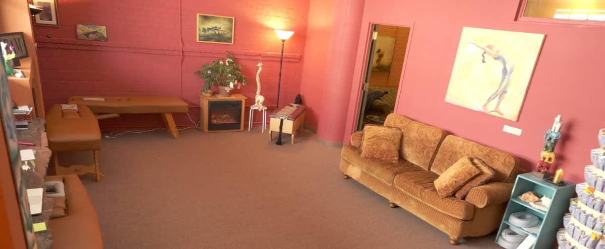 Cozy, Warm, Inviting, Workshop Space in Emeryville Hero Image in undefined, Emeryville, CA