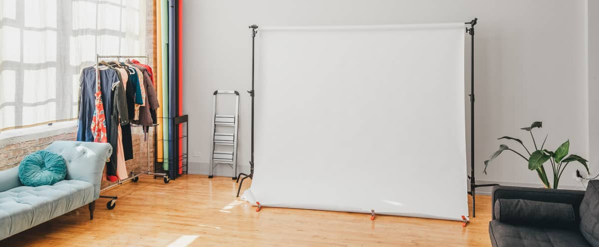Pilsen Loft Photo/Video Studio with Natural Lighting in CHICAGO Hero Image in Pilsen, CHICAGO, IL