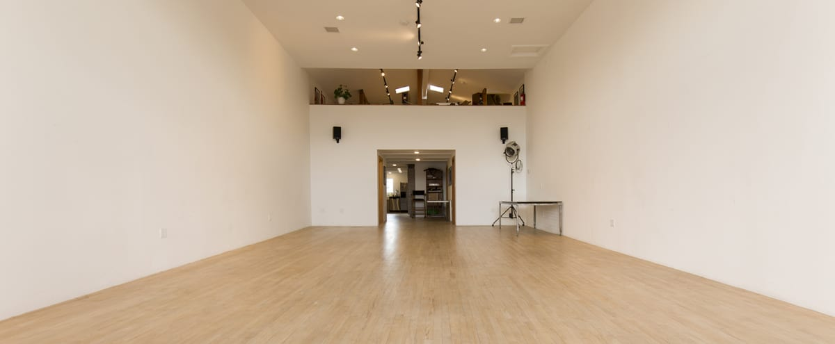 Exquisite Natural Light Retail Storefront and Studio in the Heart of Silverlake / Echo Park in Los Angeles Hero Image in Silver Lake, Los Angeles, CA
