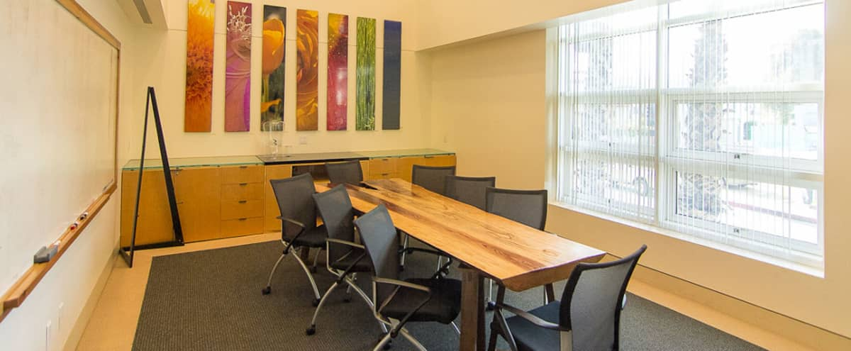 Professional Meeting Space by the Beach in Santa Moncia Hero Image in Ocean Park, Santa Moncia, CA