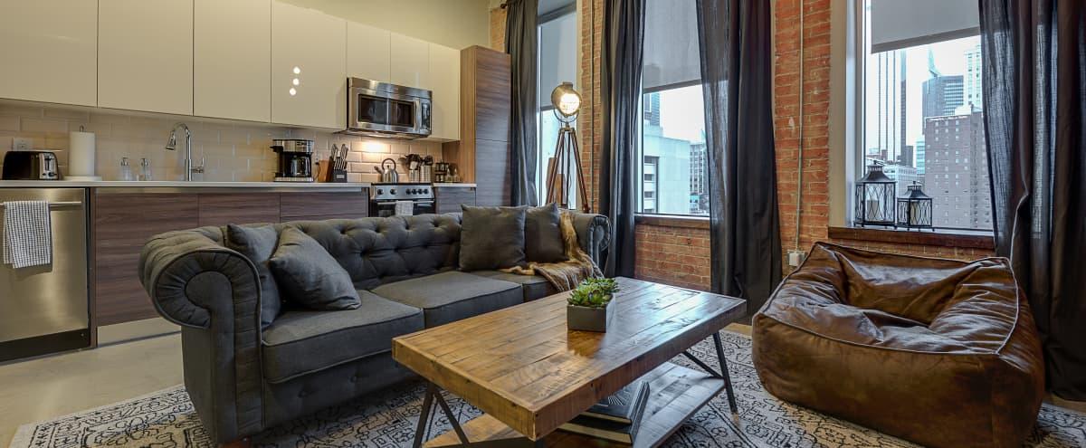 Downtown Dallas Apartments in Dallas Hero Image in Dallas Downtown Historic District, Dallas, TX