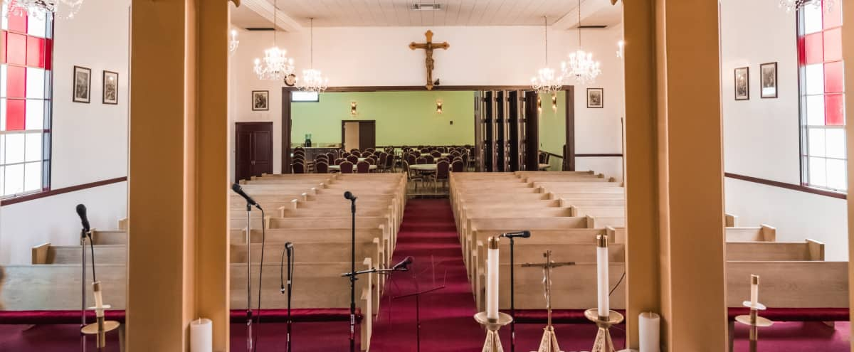 Very Spacious Church in Los Angeles Hero Image in North Hollywood, Los Angeles, CA