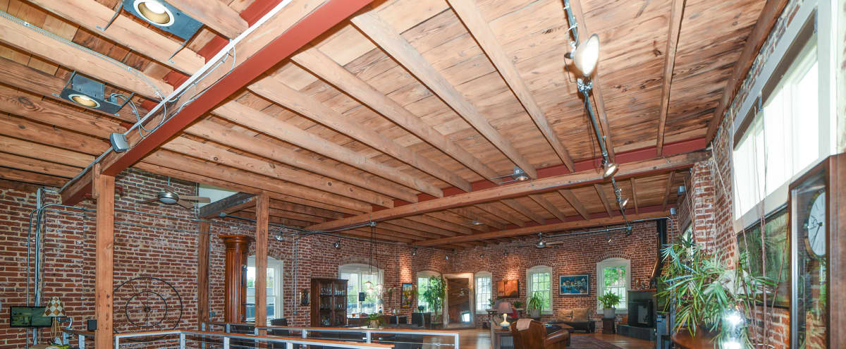 Large Downtown Converted Industrial Loft with High Ceilings and Brick Walls in ATLANTA Hero Image in Downtown, ATLANTA, GA