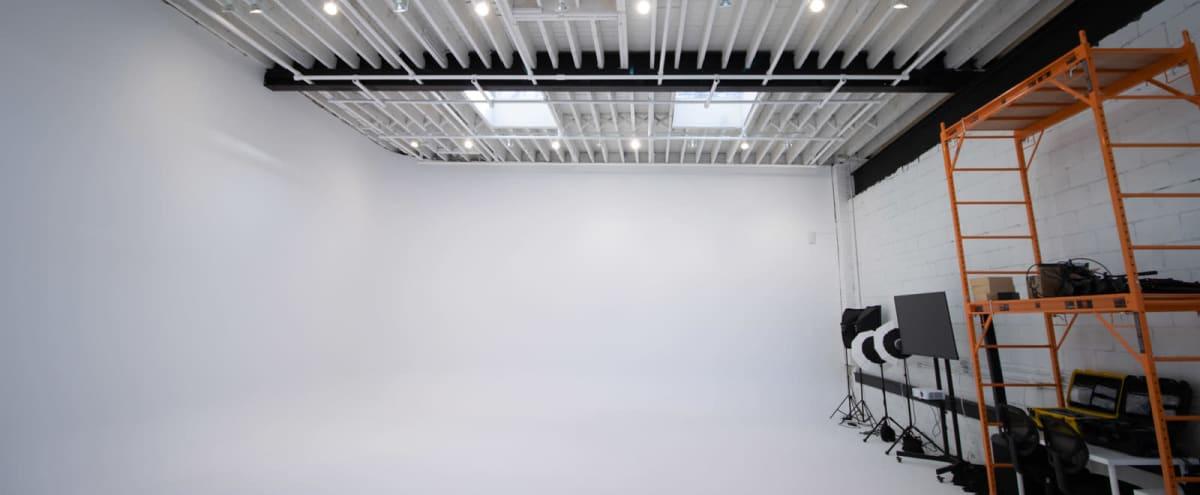 Studio B (Large white cove/cyclorama with test kitchen + lounge) in Toronto Hero Image in Niagara, Toronto, ON