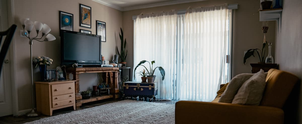Home Studio with Gorgeous Natural Lighting in Simi Valley Hero Image in undefined, Simi Valley, CA