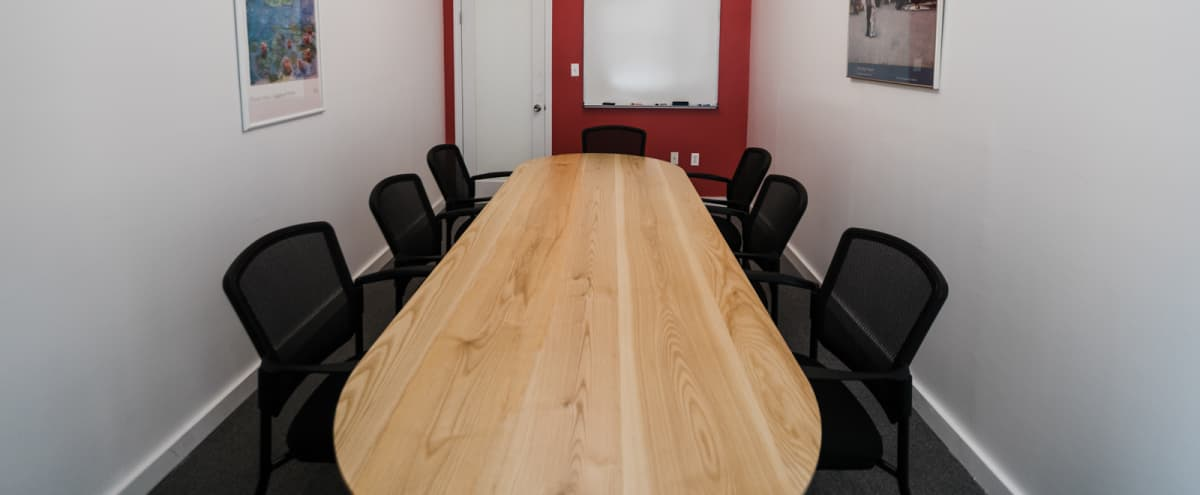 8 Person Private Conference/Classroom-style (#13) in New York Hero Image in Midtown, New York, NY
