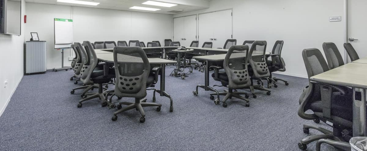 Turnkey Meeting/Training Space in the West Loop in Chicago Hero Image in West Loop, Chicago, IL