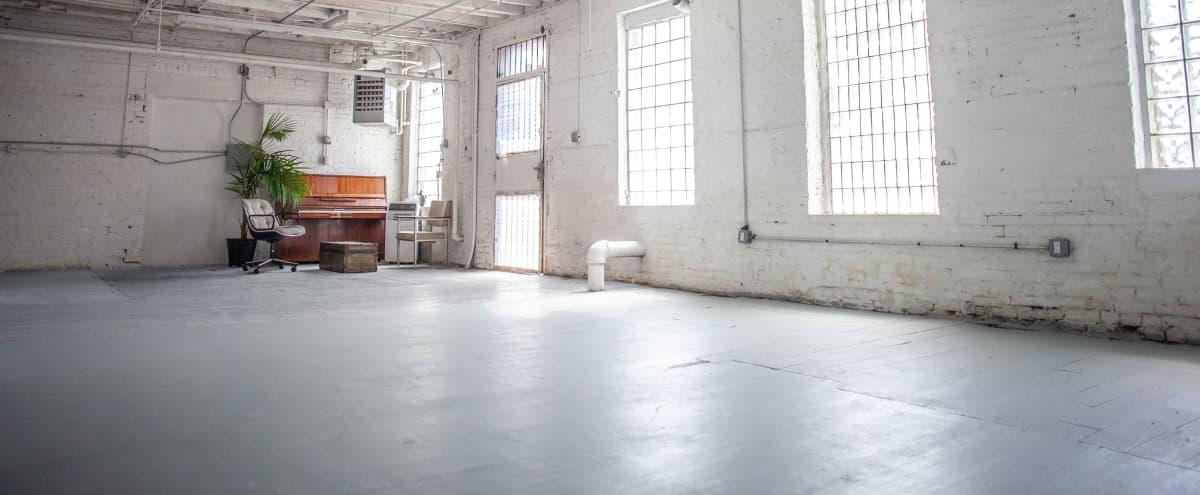 Bright, Quiet Ground Floor Loft in Brooklyn Hero Image in East Williamsburg, Brooklyn, NY