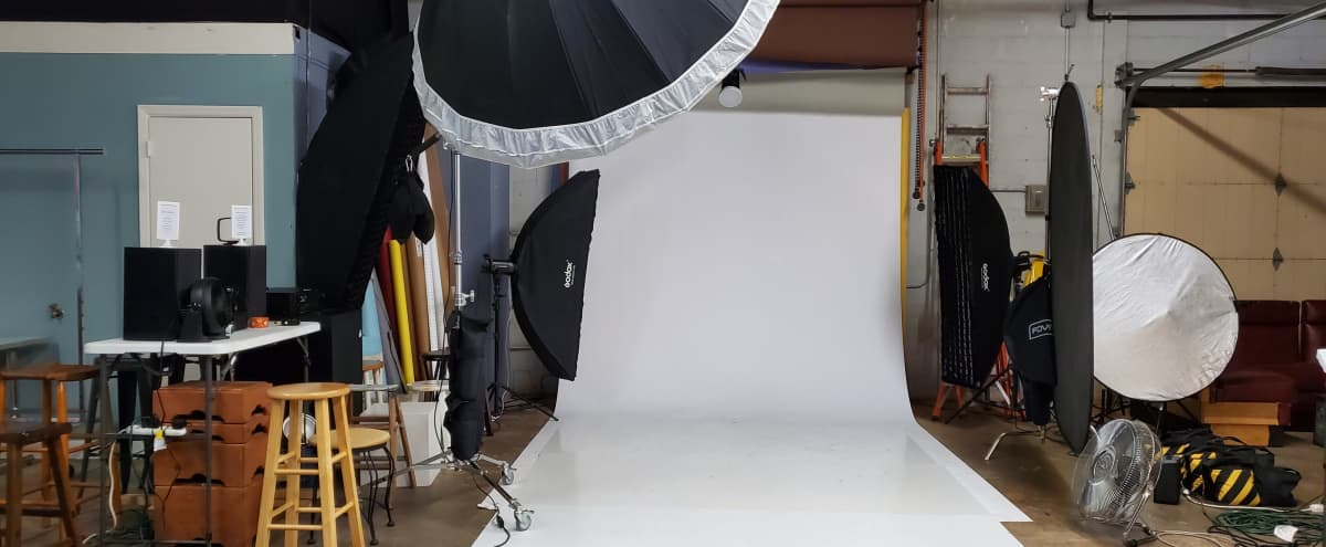 Full Service Photography Studio in Matthews Hero Image in undefined, Matthews, NC