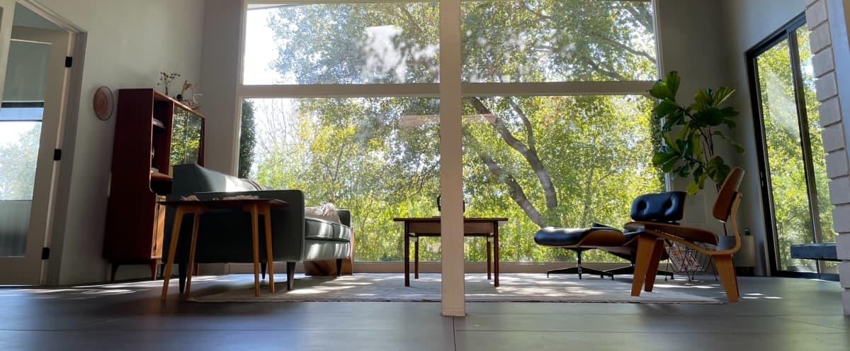Indoor/Outdoor Midcentury Home in Pasadena Hero Image in North Arroyo, Pasadena, CA