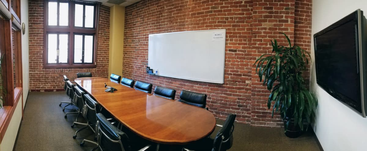 Premier Meeting Room w/ Natural Light - TV - Whiteboard in San Francisco Hero Image in South Beach, San Francisco, CA