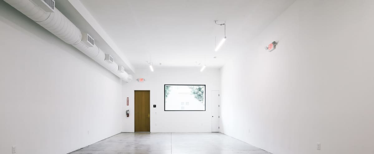 Industrial White Box Creative Space in Melrose Hill in Los Angeles Hero Image in Hollywood, Los Angeles, CA