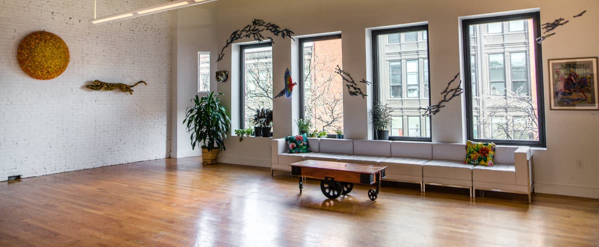 5,000 Sq Ft Open Space w/ High Ceilings on Newbury Street in Boston Hero Image in Back Bay, Boston, MA