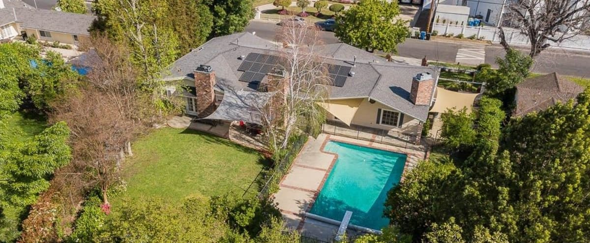 Beautiful Modern Ranch 3,062 Sq Ft 3 Bed 4 Bath Newly Renovated Pool Kitchen Big Backyard Circular Drive Way Home in Woodland Hills Hero Image in Woodland Hills, Woodland Hills, CA