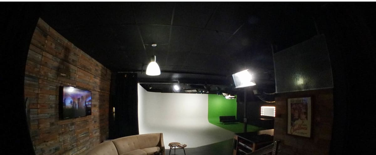 Whisper-quiet studio in RiNo with cyclorama, green screen, kitchen, lifestyle set & grid lighting. in Denver Hero Image in Five Points, Denver, CO