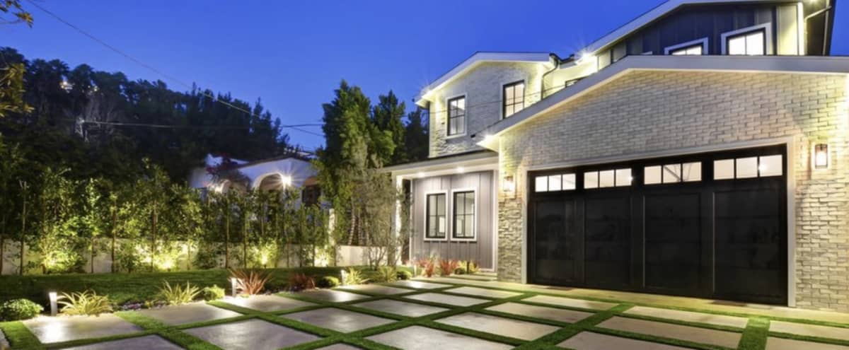 Modern Farm House in Hollywood in Los Angeles Hero Image in Hollywood Hills, Los Angeles, CA