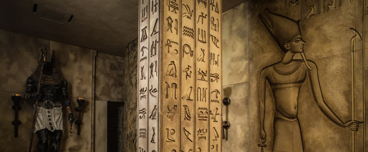 Egyptian Themed Room in Los Angeles Hero Image in Hollywood, Los Angeles, CA