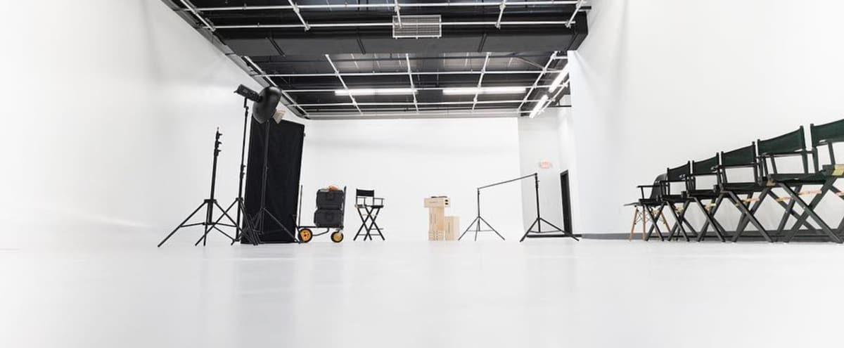 Sound Stage Studio Set Large Cyc Wall In Miami Hero Image Downtown