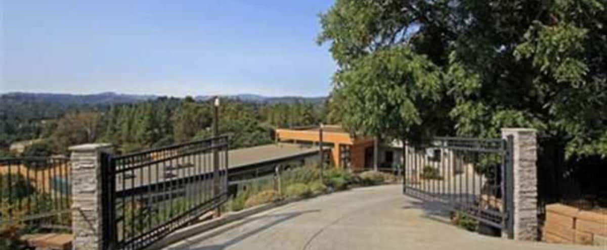 Contemporary Oasis with Amazing Views in Lafayette Hero Image in Condit, Lafayette, CA
