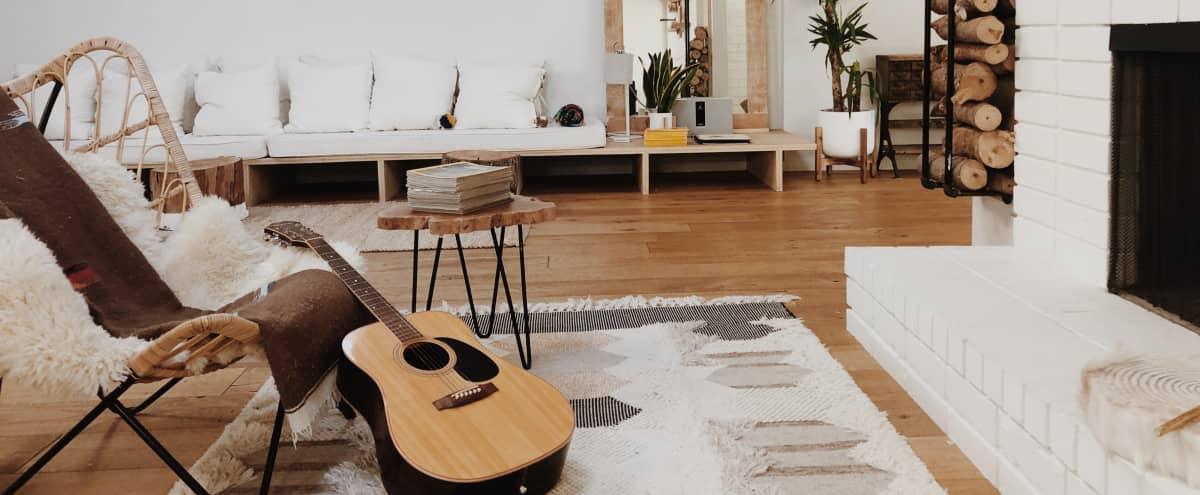 Modern Home with Spacious Floor Plan in Los Angeles Hero Image in Sherman Oaks, Los Angeles, CA