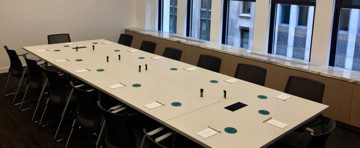 Modern Off Site Conference Meeting Room (A) in Midtown, Close to Bryant Park in New York Hero Image in Midtown, New York, NY