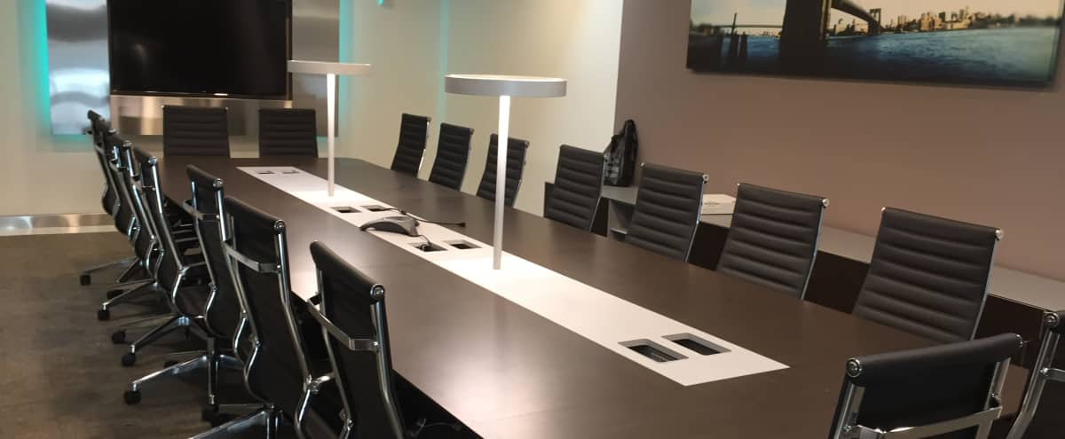 Large Midtown Glass Conference Room For 20 Meeting Room D