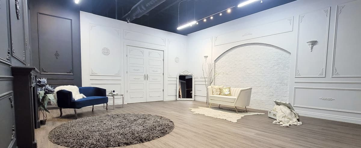 Private Studio w/ Richness & Luxurious Feel in Mississauga Hero Image in undefined, Mississauga, ON
