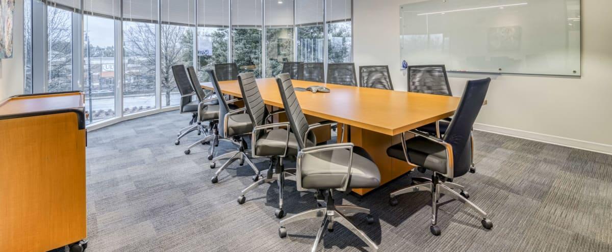 Upscale Offices & Meeting Rooms in Atlanta Hero Image in Perimeter Center, Atlanta, GA