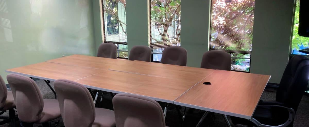 Affordable Meeting Room in Portland Hero Image in Multnomah, Portland, OR