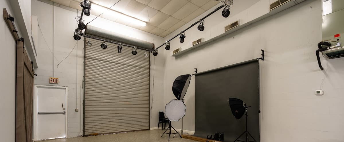 Simple Production Studio with Lighting & Backdrop in Largo Hero Image in undefined, Largo, FL