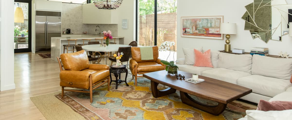 Luxury and Modern House with Designer Touches in Austin Hero Image in Timberline Terrace, Austin, TX