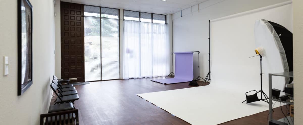 Spacious Kent Studio in KENT Hero Image in undefined, KENT, WA