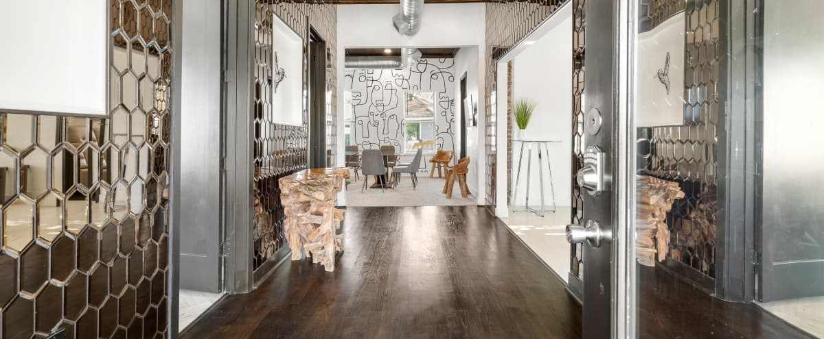Modern Space with Amazing Design Elements Near Downtown in Houston Hero Image in Greater Fifth Ward, Houston, TX