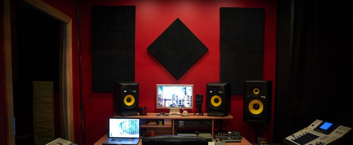 Beautiful, Newly Renovated, Urban Music Studio with Front Room & Customizable Lighting in New Haven Hero Image in Newhallville, New Haven, CT