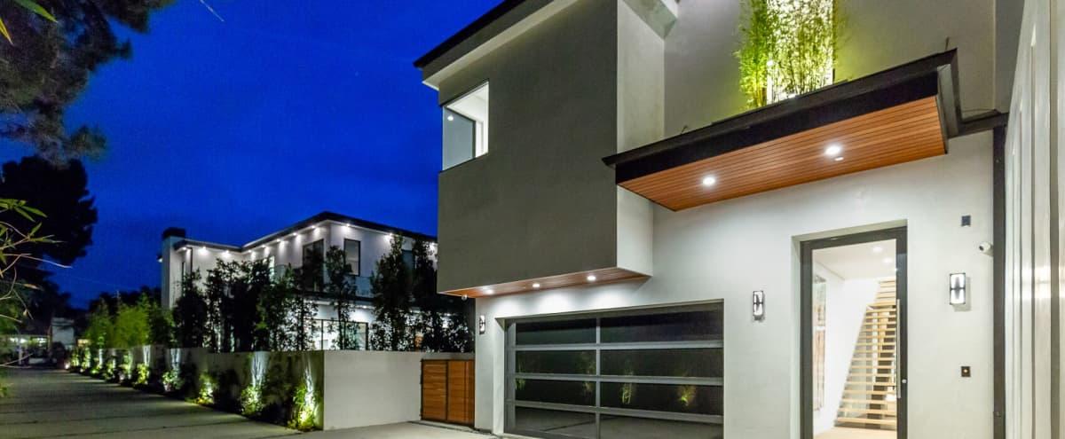 MODERN CELEBRITY HOME IN FAMOUS SAN FERNANDO VALLEY in Sherman Oaks Hero Image in Sherman Oaks, Sherman Oaks, CA